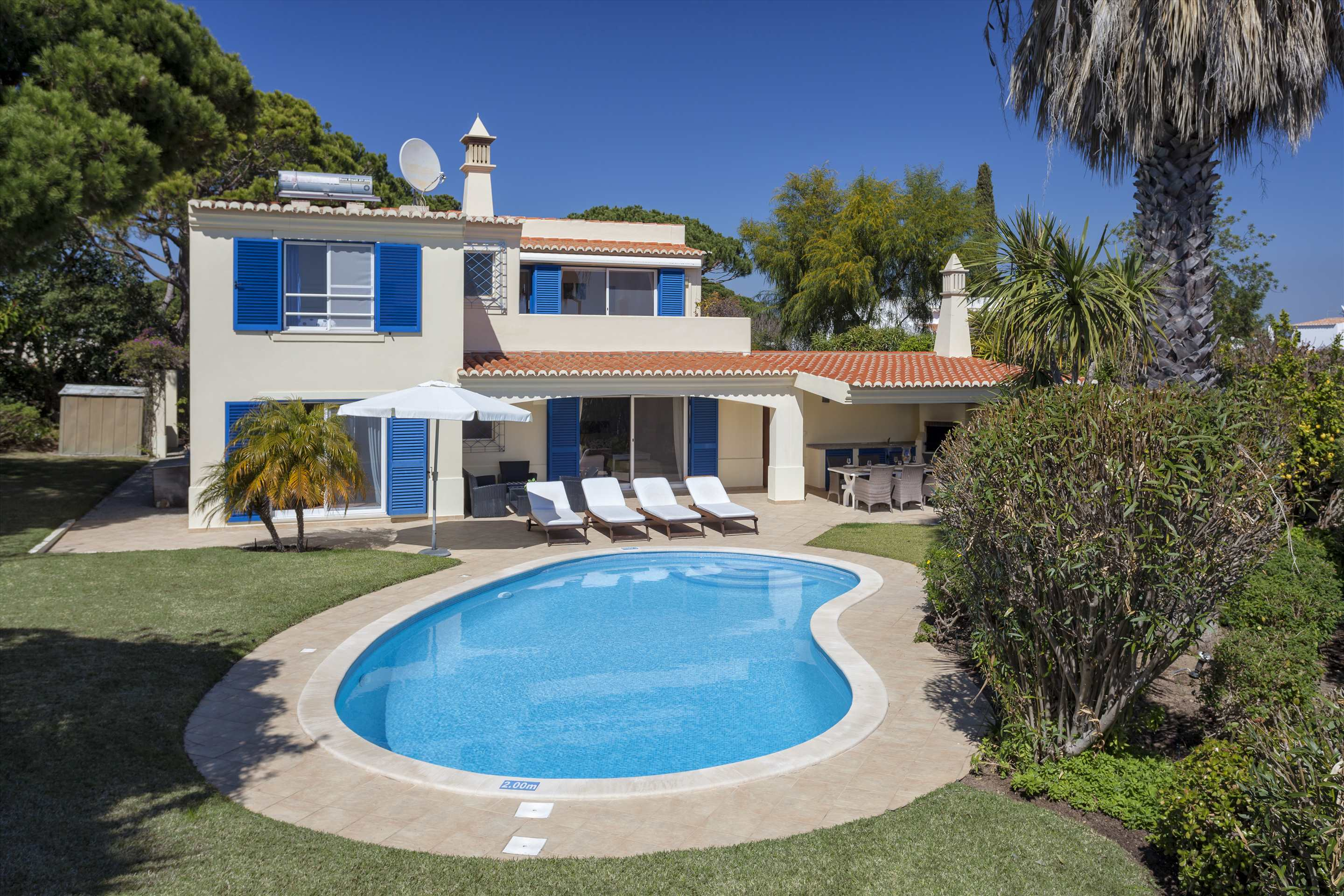 Villa Longa, 4 bedroom villa in Vale do Lobo, Algarve Photo #6