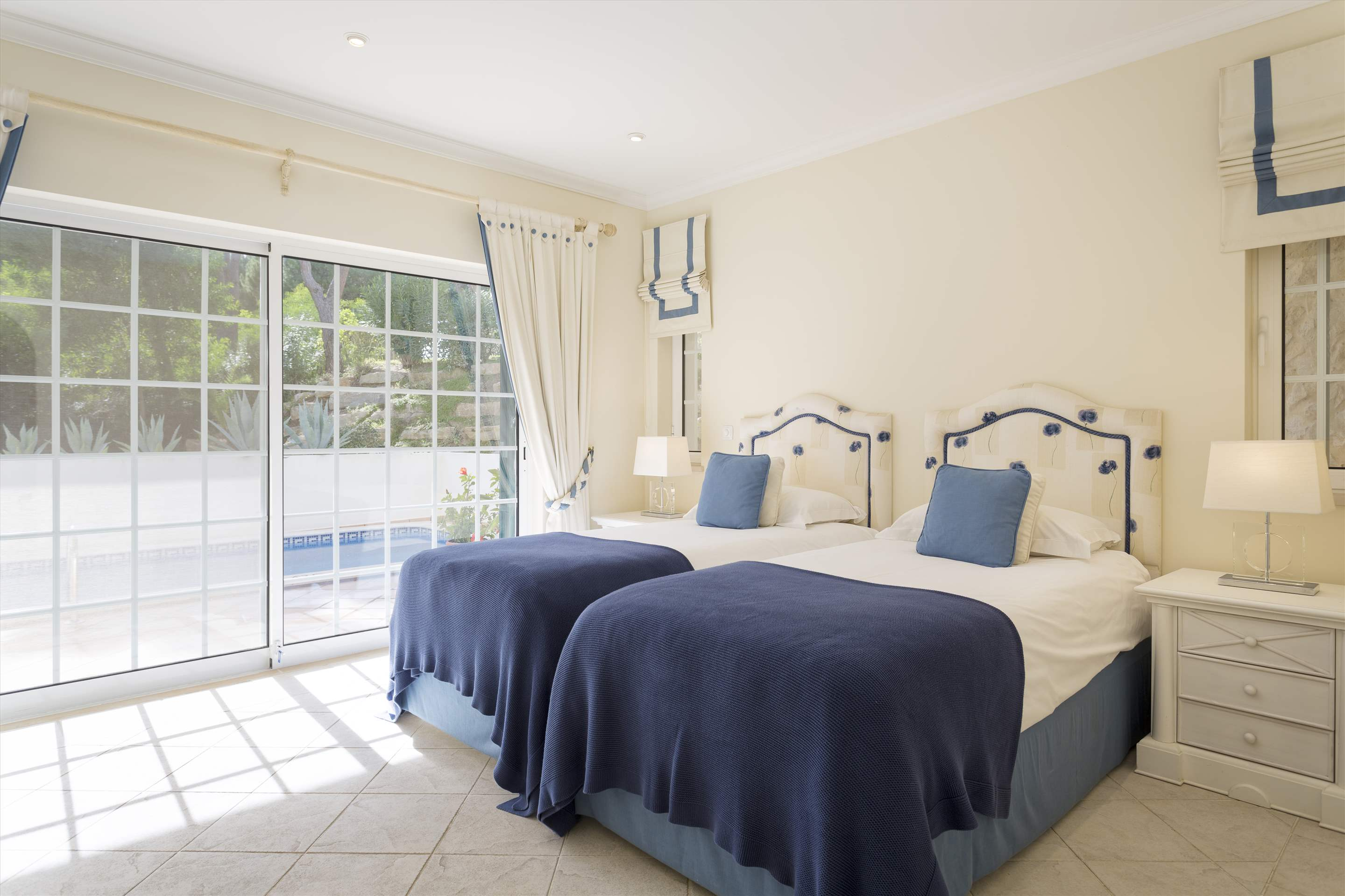 Apt 983A, 2 bedroom apartment in Vale do Lobo, Algarve Photo #8