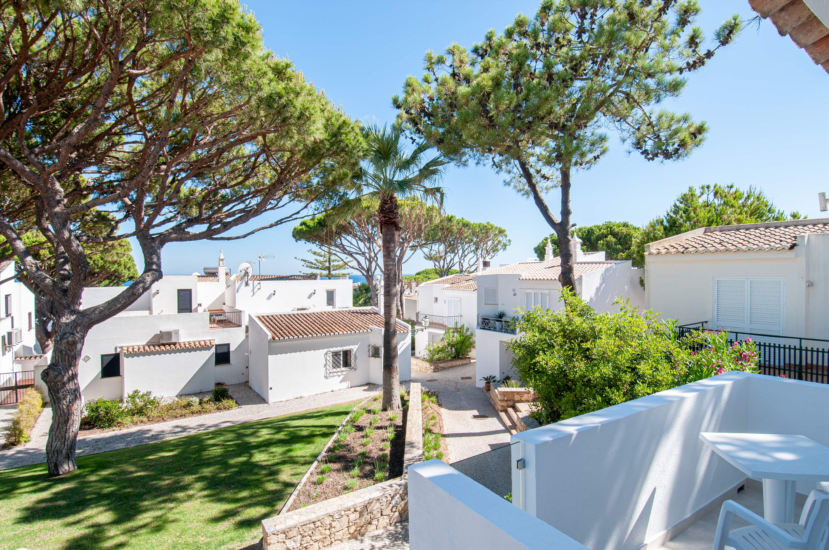 Villa Carmo, 3 bedroom villa in Vale do Lobo, Algarve Photo #15