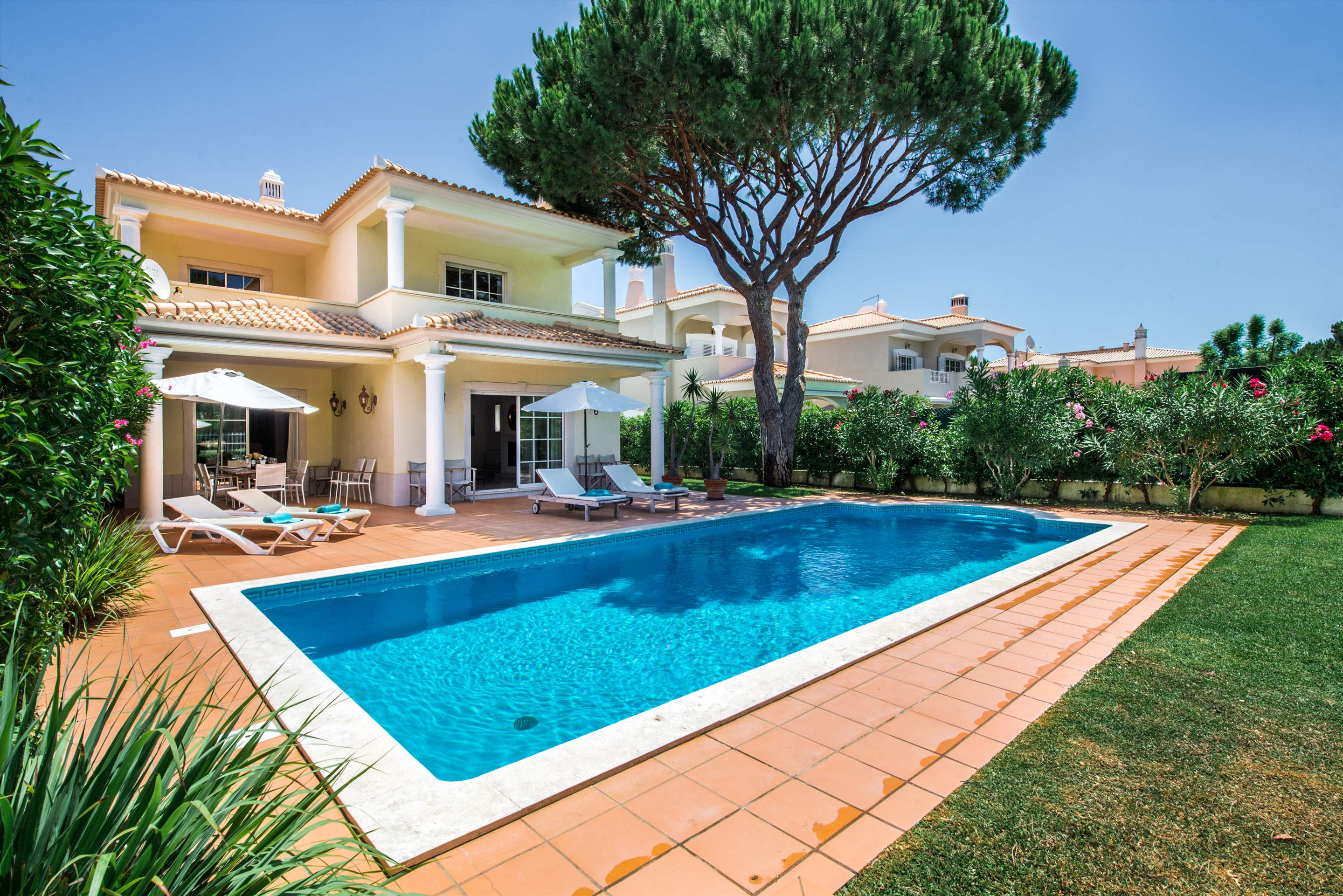 Vivenda Anita 1, 4 bedroom villa in Vilamoura Area, Algarve Photo #1