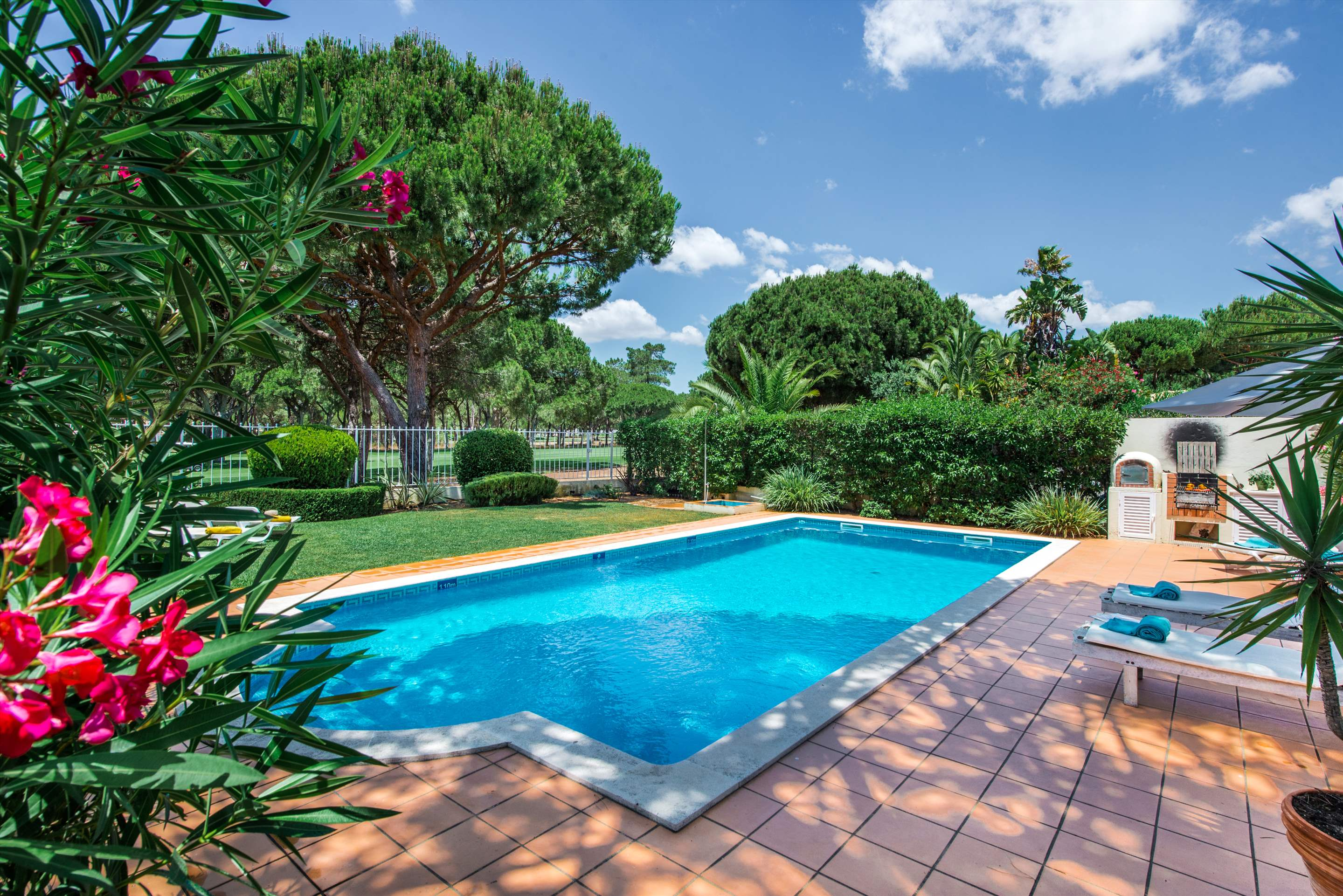 Vivenda Anita 1, 4 bedroom villa in Vilamoura Area, Algarve Photo #12