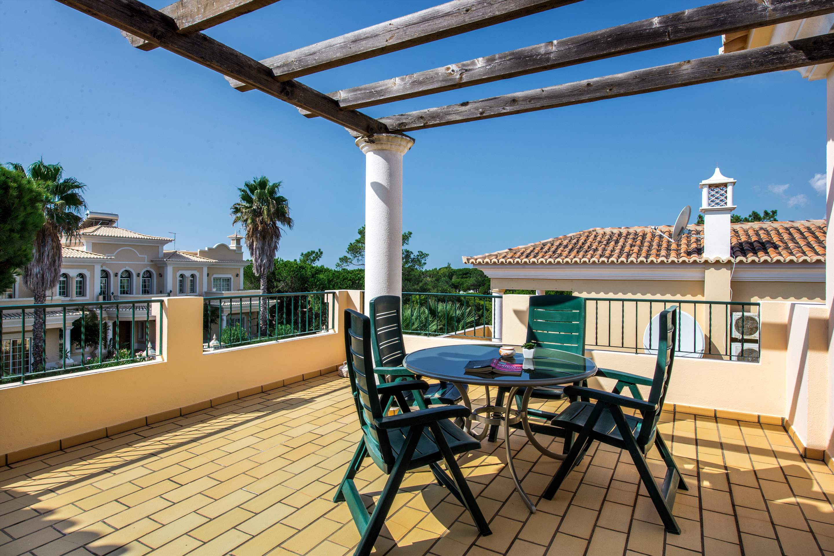 Casa da Encosta, 4 bedroom villa in Vale do Lobo, Algarve Photo #12
