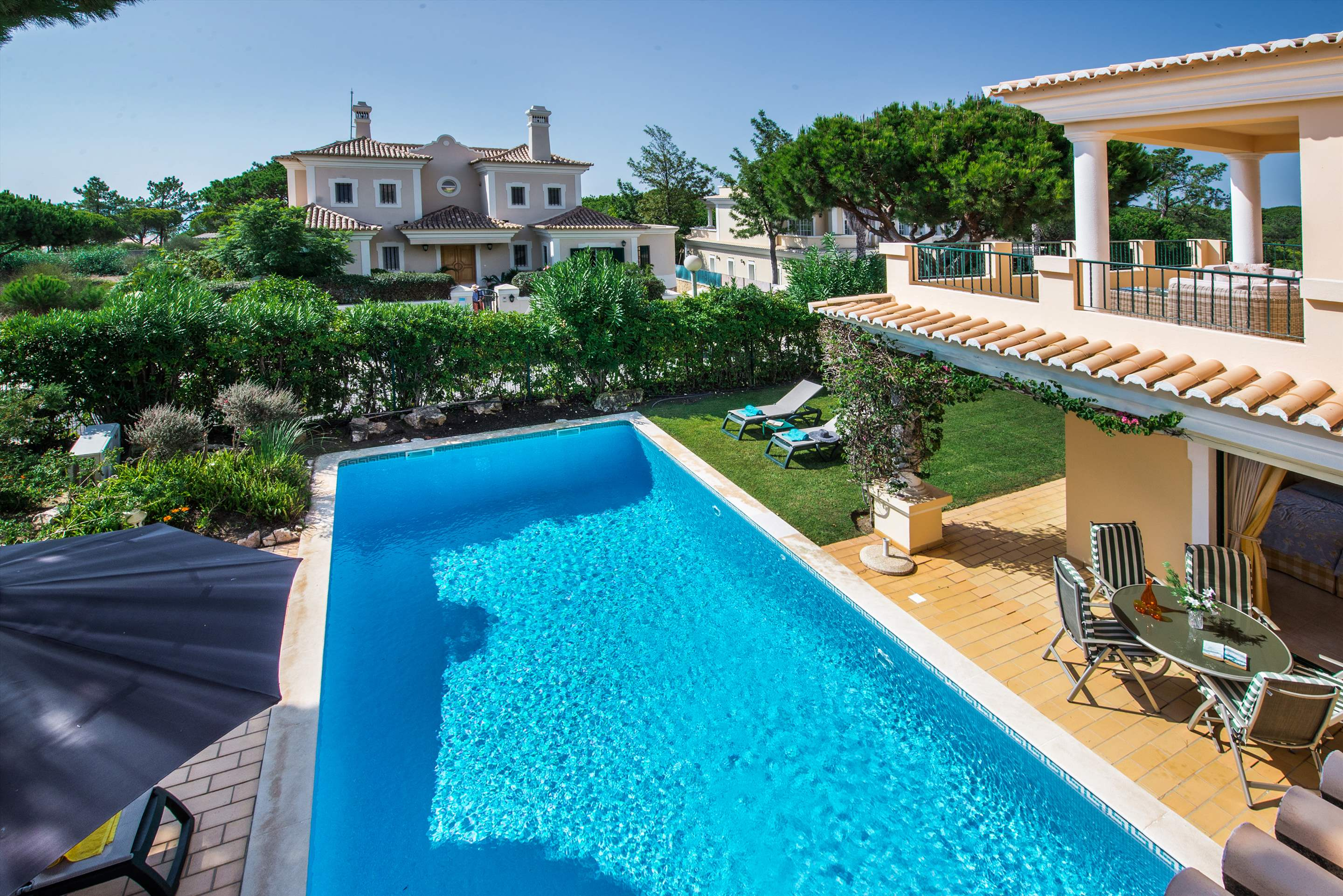Casa da Encosta, 4 bedroom villa in Vale do Lobo, Algarve Photo #13