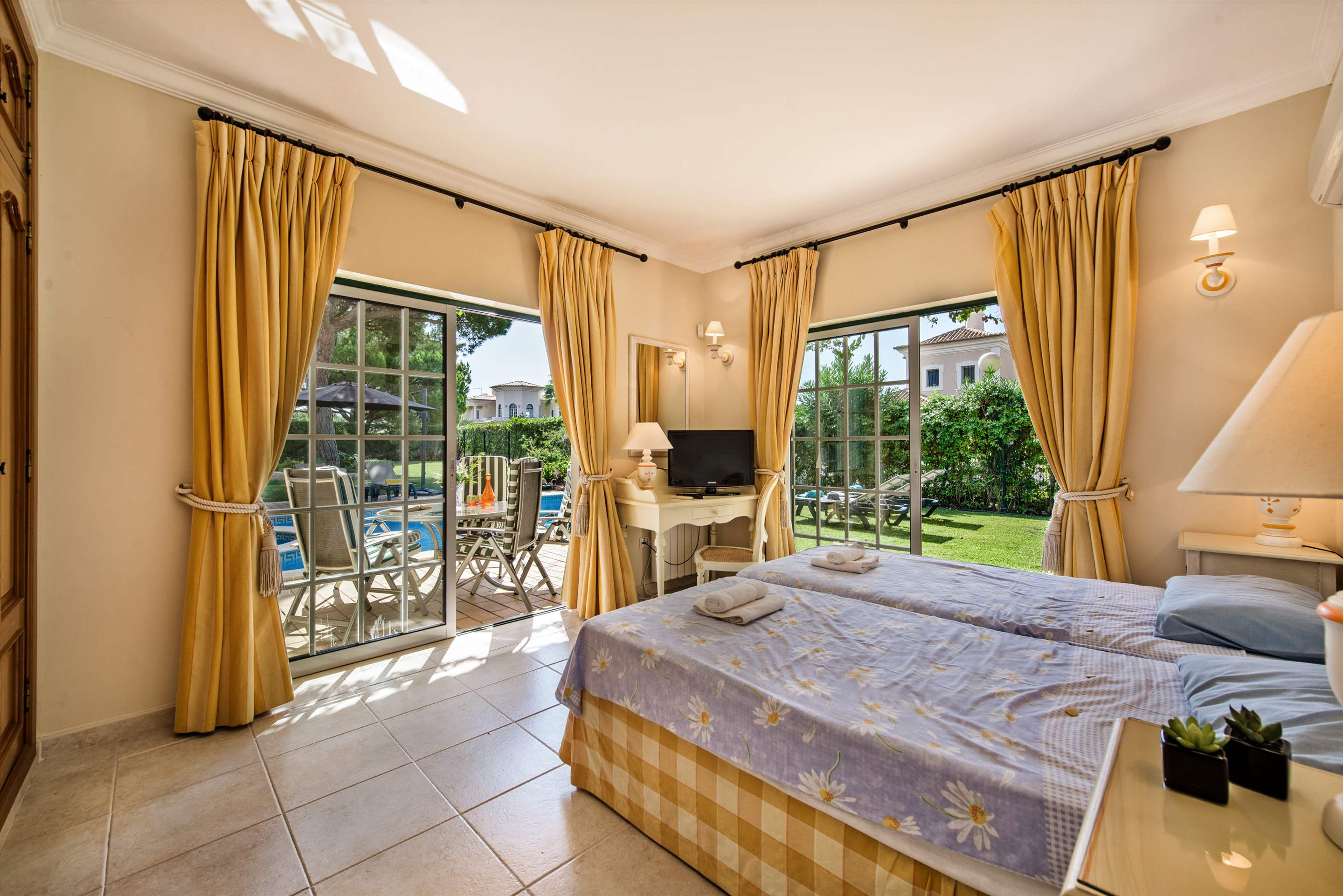 Casa da Encosta, 4 bedroom villa in Vale do Lobo, Algarve Photo #20