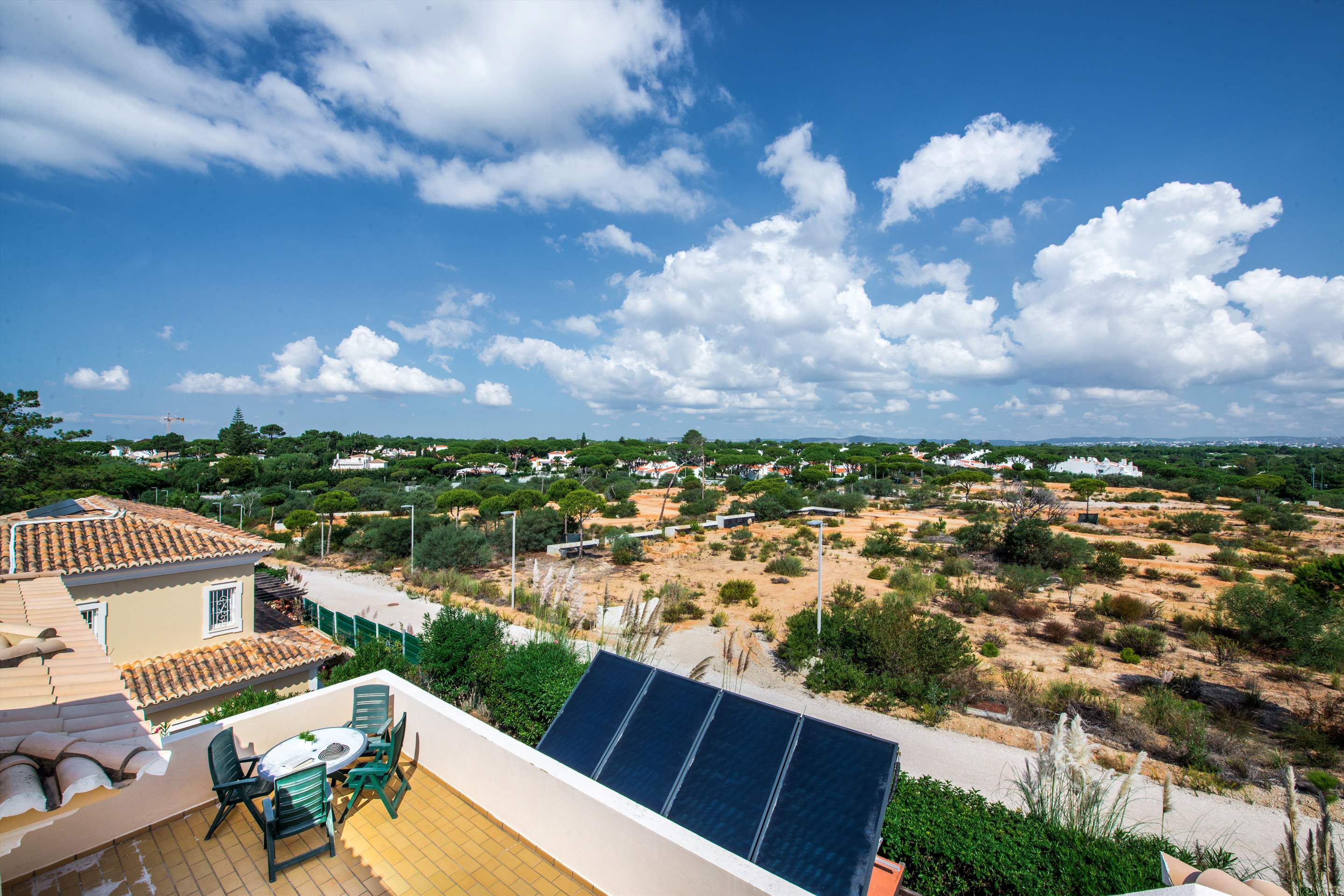 Casa da Encosta, 4 bedroom villa in Vale do Lobo, Algarve Photo #24