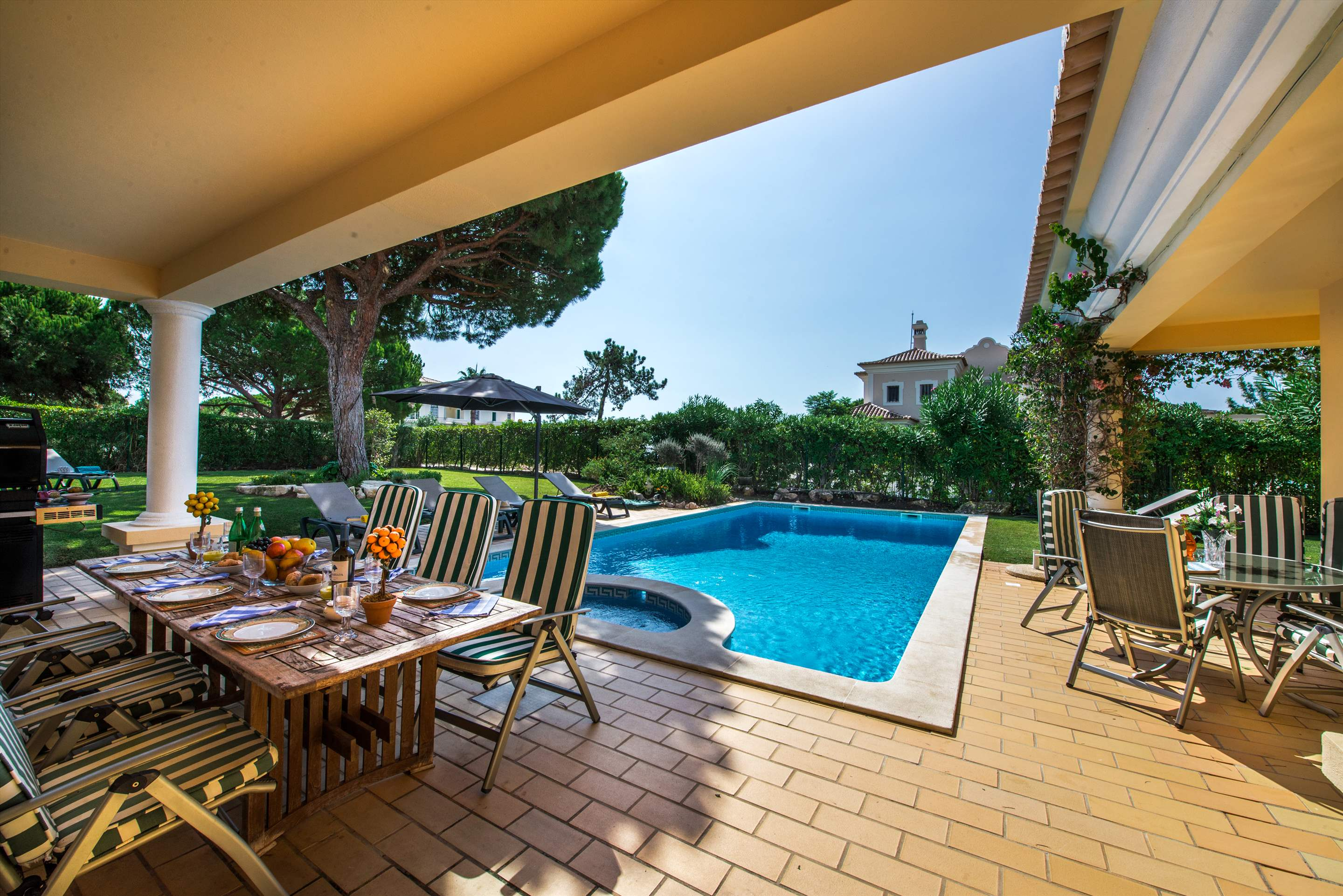 Casa da Encosta, 4 bedroom villa in Vale do Lobo, Algarve Photo #25