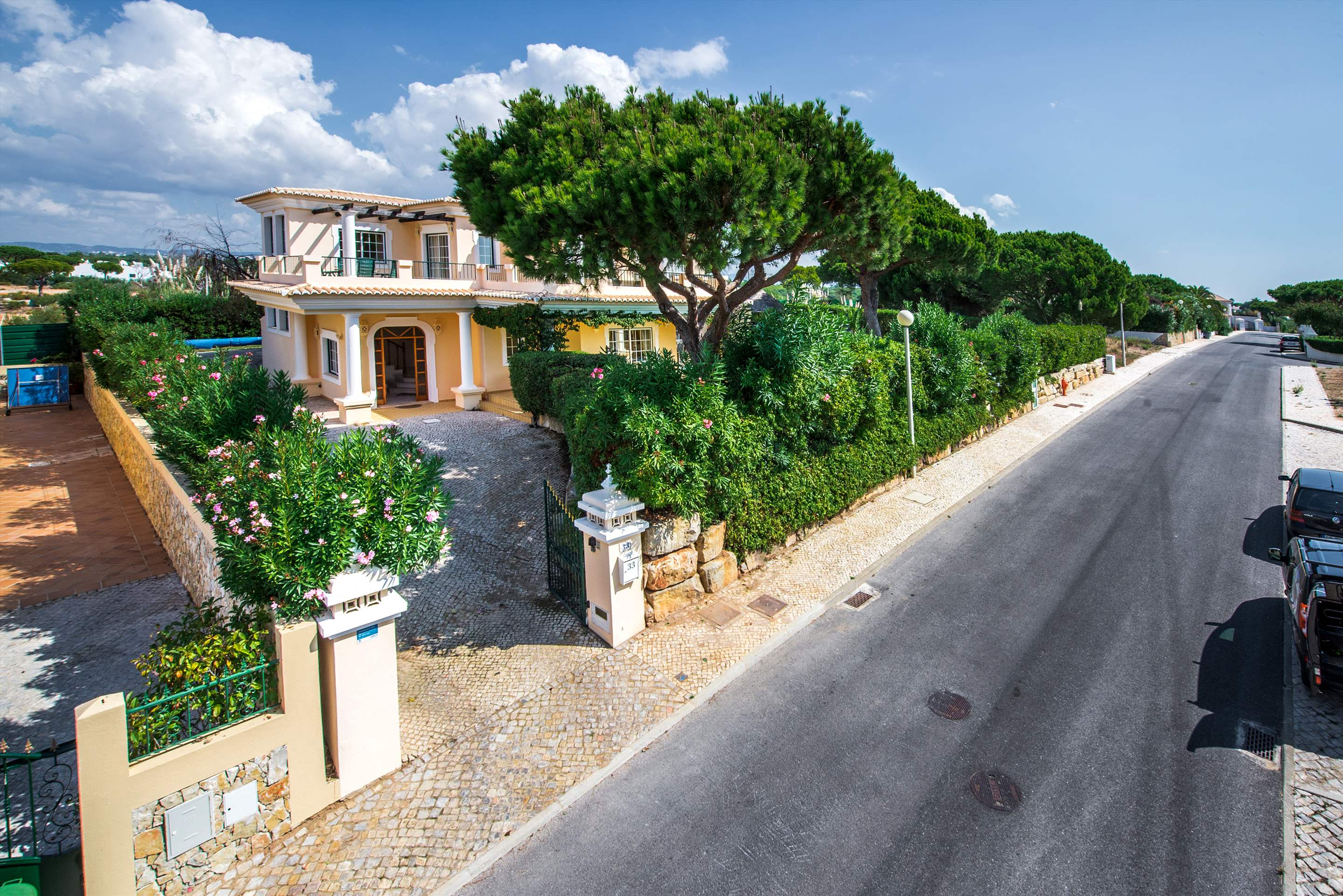 Casa da Encosta, 4 bedroom villa in Vale do Lobo, Algarve Photo #28