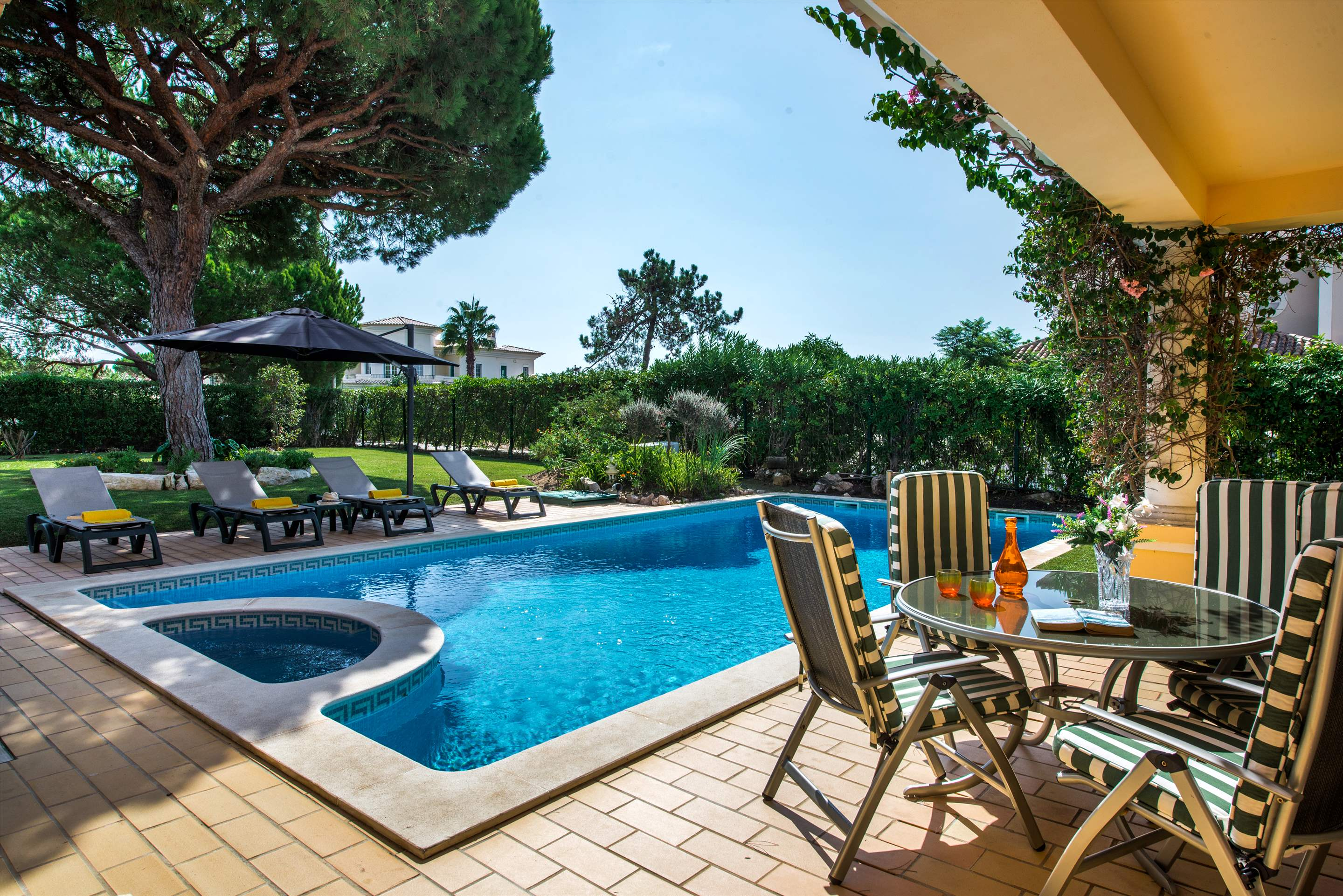 Casa da Encosta, 4 bedroom villa in Vale do Lobo, Algarve Photo #4