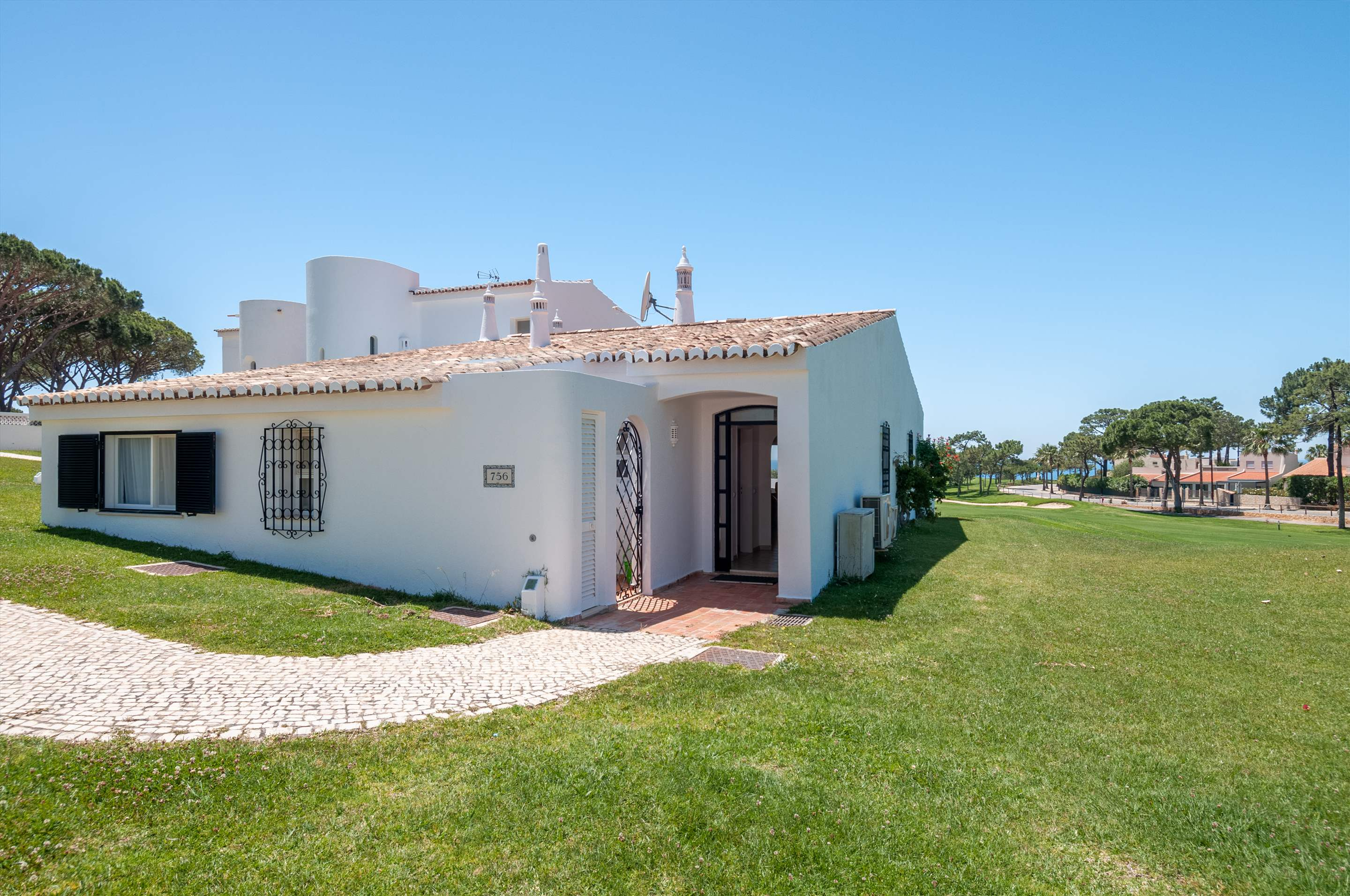 Villa Mimosa 6, 3 bedroom villa in Vale do Lobo, Algarve Photo #1