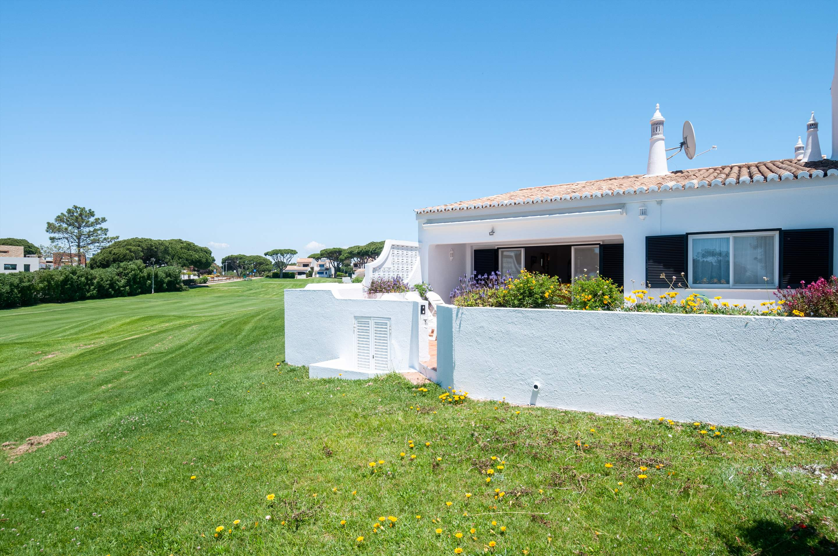 Villa Mimosa 6, 3 bedroom villa in Vale do Lobo, Algarve Photo #16