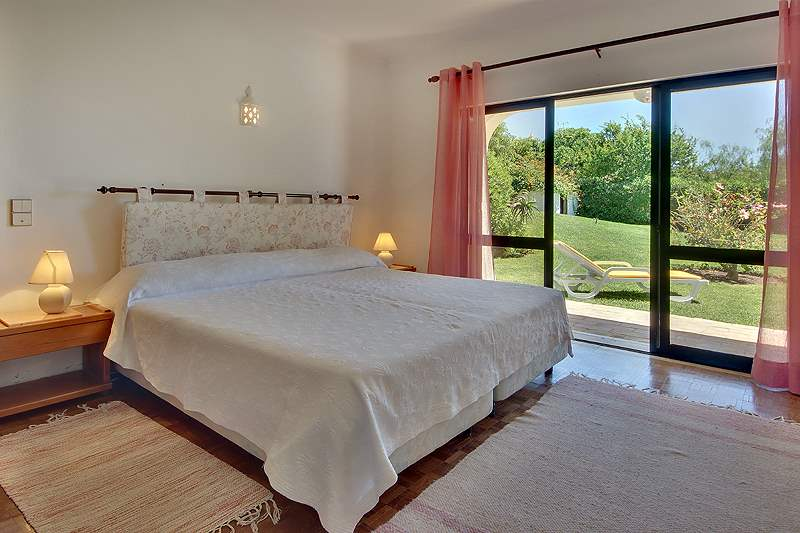Casa Torneira, 3 bedroom villa in Vilamoura Area, Algarve Photo #12
