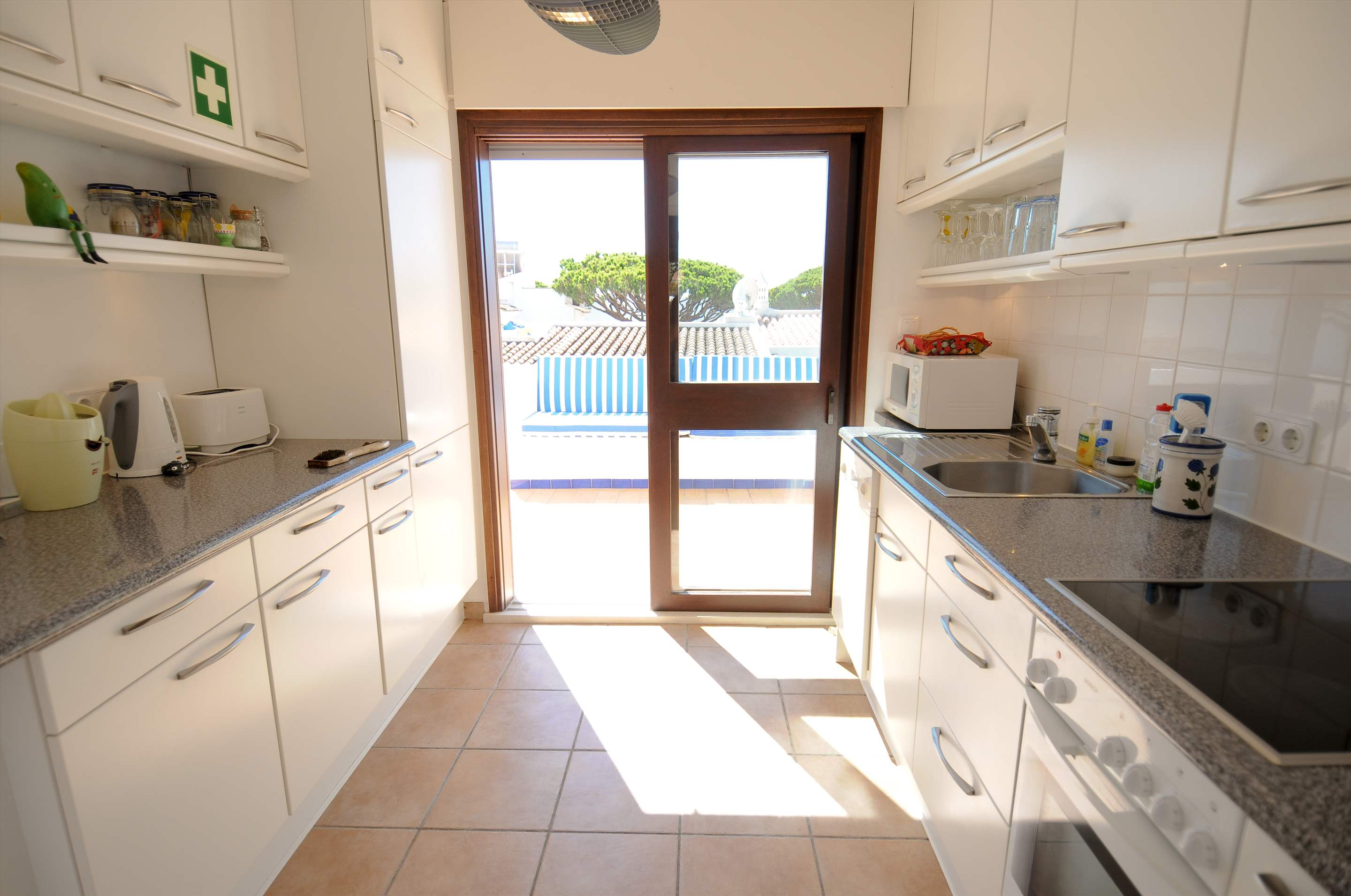 Villa Giroud, 2 bedroom villa in Vale do Lobo, Algarve Photo #7