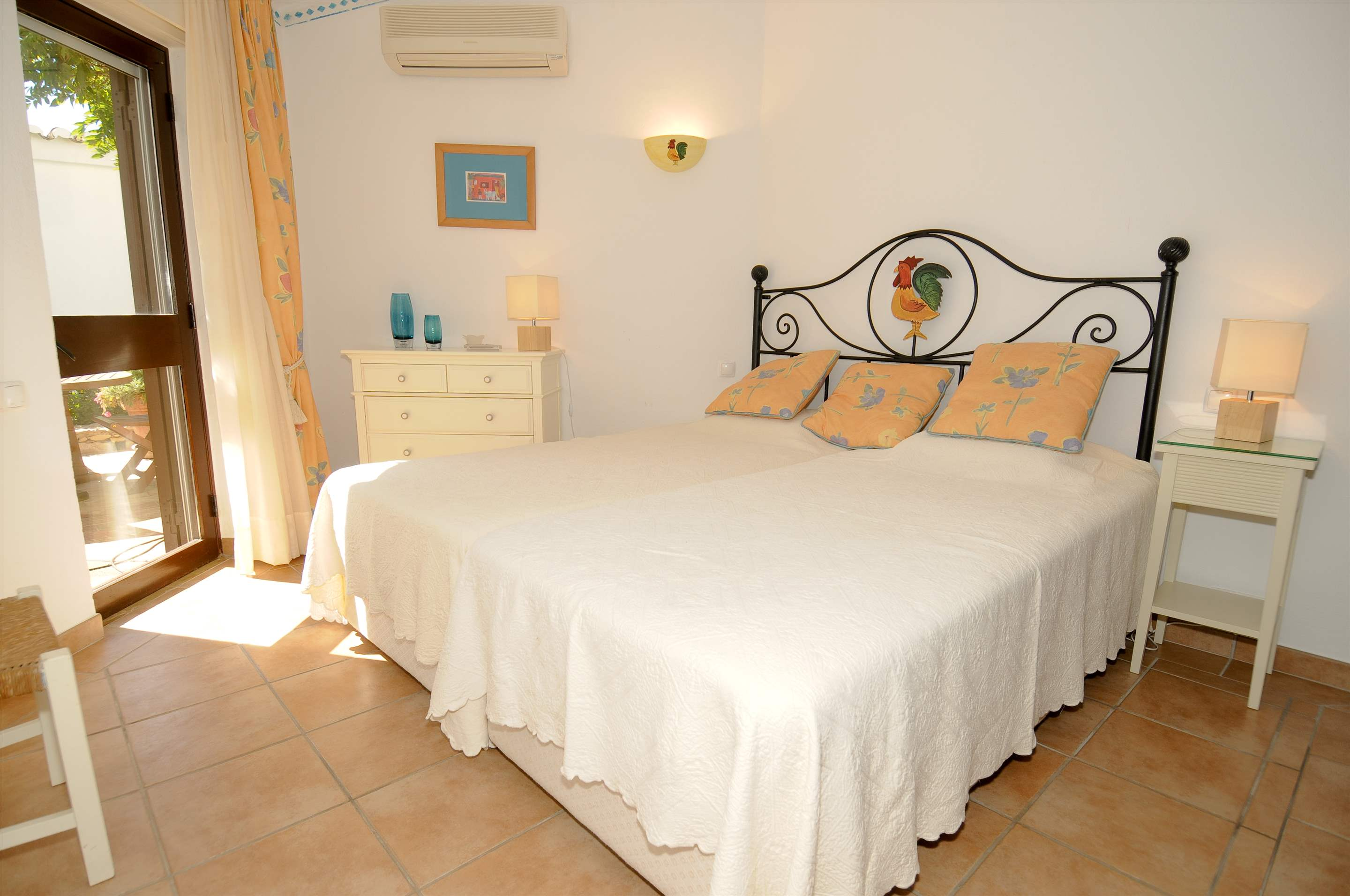 Villa Giroud, 2 bedroom villa in Vale do Lobo, Algarve Photo #9