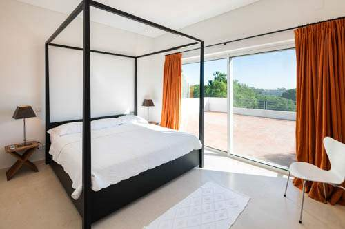 Villa Santi, 4 bedroom villa in Quinta do Lago, Algarve Photo #17