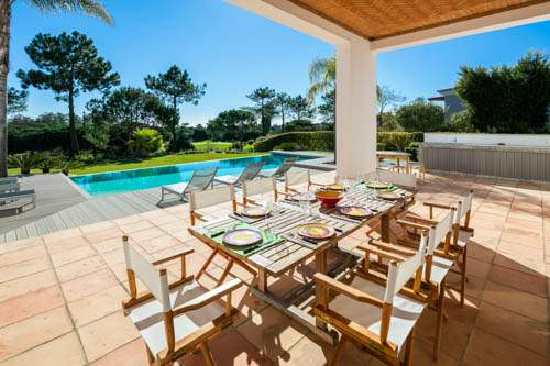 Villa Santi, 4 bedroom villa in Quinta do Lago, Algarve Photo #2